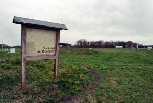 historische Hügelgräber auf dem Messeglände Tarmstedts