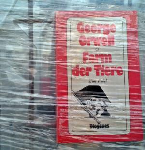 George Orwell Buch oft verboten, Marta Minujin documenta Kassel